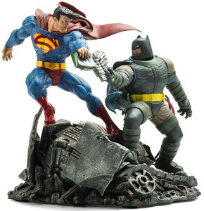 Batman vs Superman Battle Scene Statue
