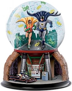Batman And Robin Snow Globe